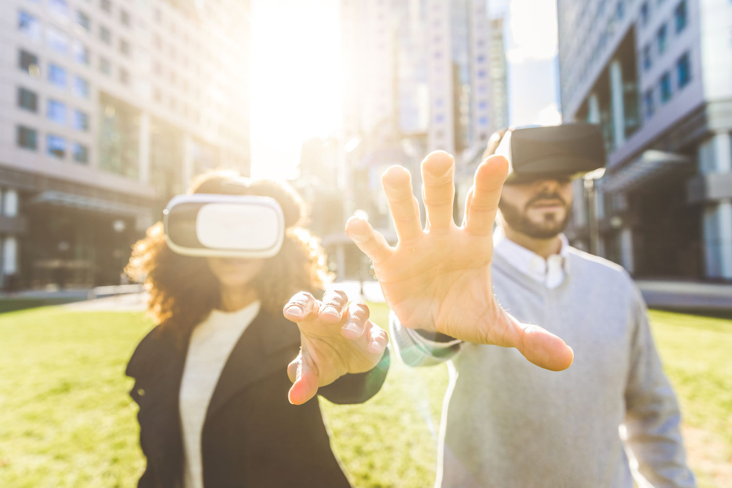 Investing in Augmented and Virtual Reality. Is it profitable?